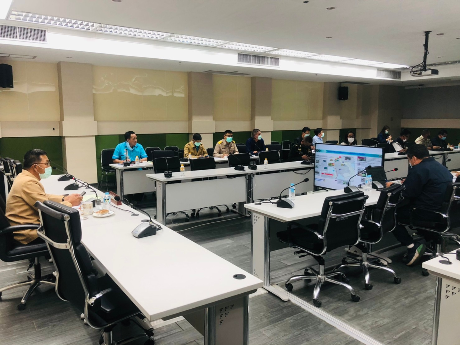 สำนักงานแรงงานมุกดาหาร ร่วมประชุมคณะทำงานโต๊ะข่าวเฝ้าระวังปัญหายาเสพติดจังหวัดมุกดาหาร ครั้งที่ 1 /2564
